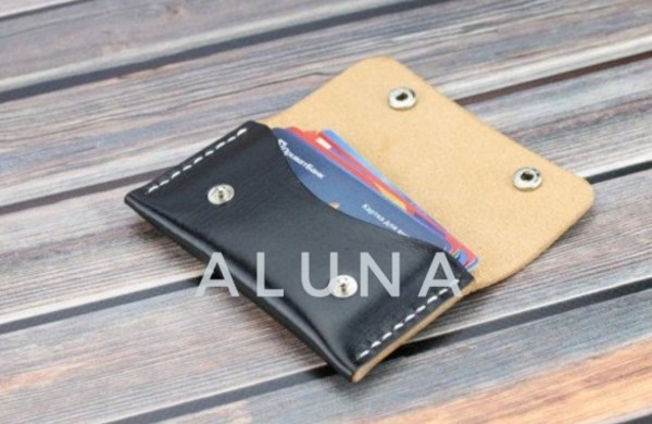 Card Holder ( Aluna Creativity )